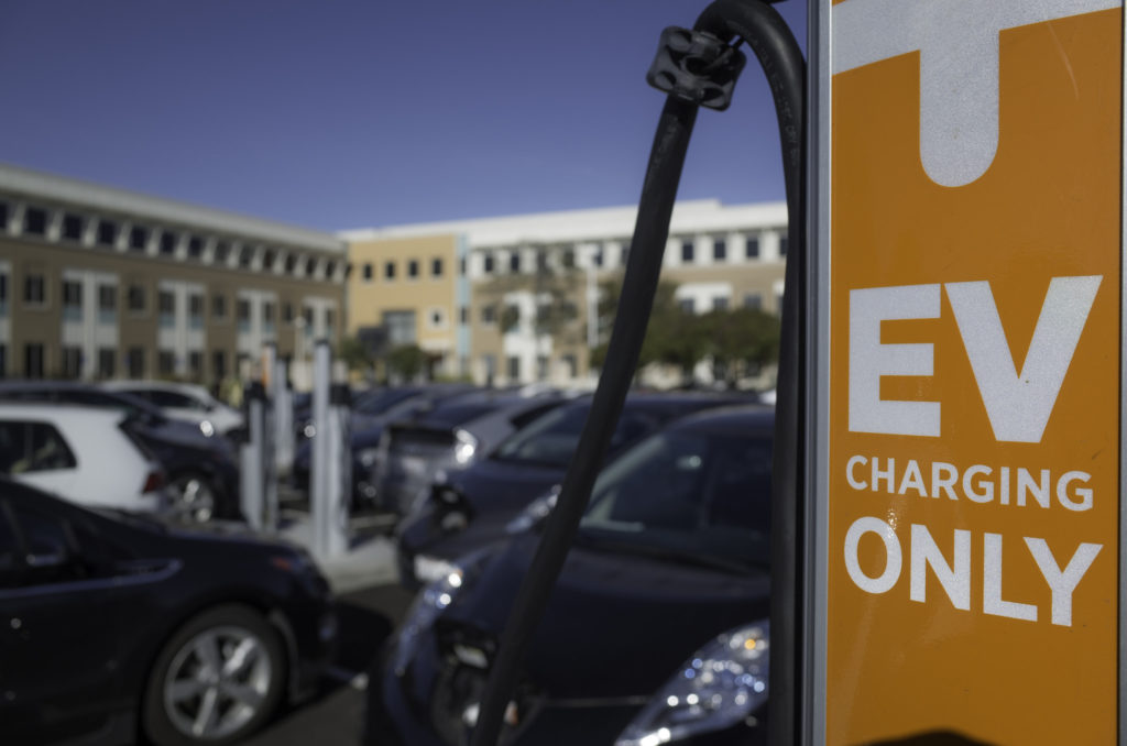 California S Ev Growth Benefits Outweigh Energy System Costs Report Says