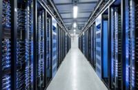 Large Data Centers More Efficient than Smaller Counterparts