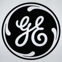 GE Phasing Out CFLs